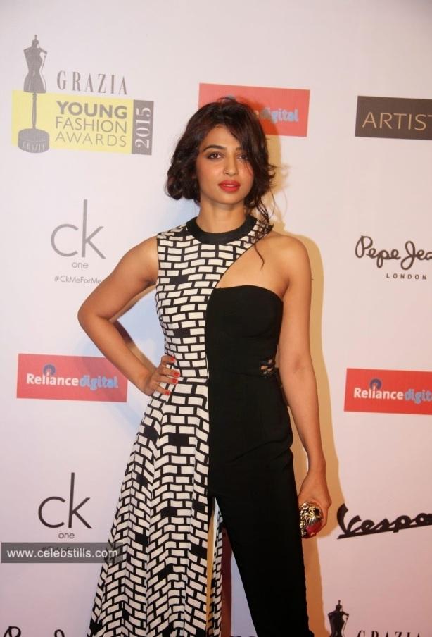 Radhika Apte At Grazia Young Fashion Awards 2015 Photos Celebstill